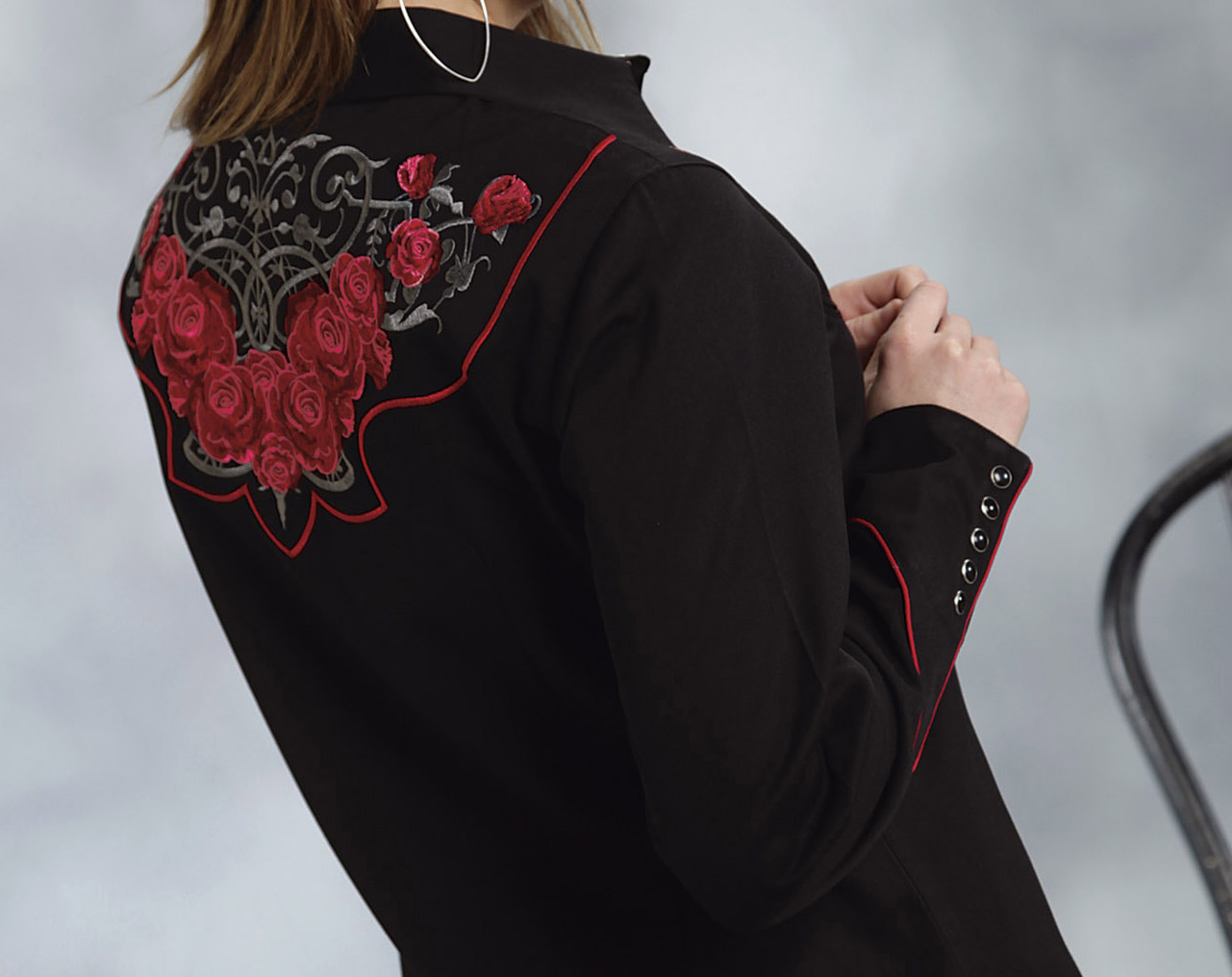 Roper women s companion tribal rose embroidered western shirt